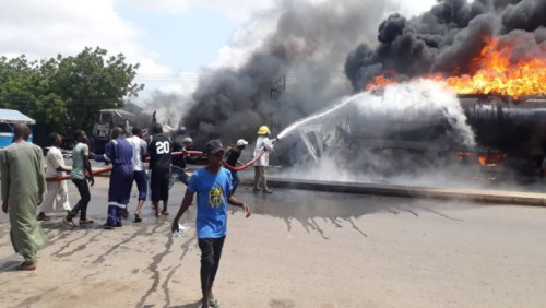 Fuel tanker explode along Gombe-Bauchi road