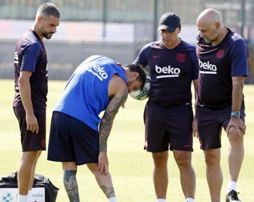 Messi Suffers Right Calf Injury In Training & Will Not Travel To USA