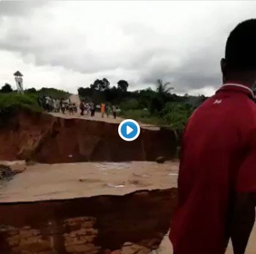 Flood Washes Away Bridge In Imo, FUTO Students, Road Users Stranded (Photos)