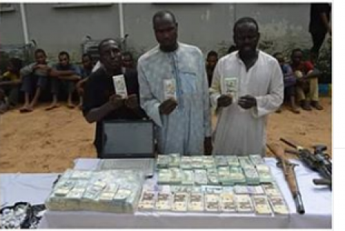 Kano Police Recover Fake Currencies In Uncompleted Building, Arrest 5 (Photos)
