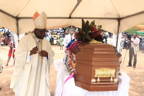 Photos From The Burial Of Father Paul Offu