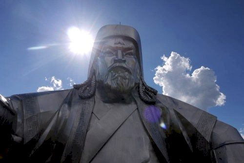 Around one in evryy200 men are descendants of ghenghis khan
